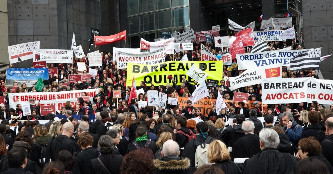 Slider manifestation avocats 3 mars 2020